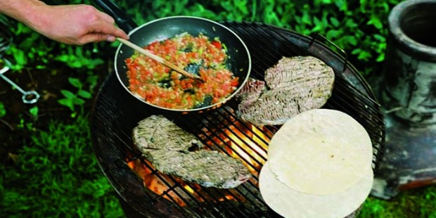 brasero mexicain piedra cuisine barbecue 700 coachimport. Black Bedroom Furniture Sets. Home Design Ideas